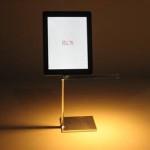 Flos Leuchte mit iPad Dock