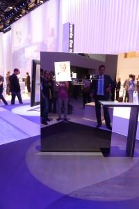 Das TV-Gerät der Zukunft? Intelligenter Fernseher, der an ein Smartphone erinnert
