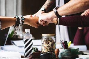 Bewegtbild Content Im Employer Branding Team Teamgeist Hände