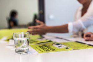 Corporate Publishing Agentur Aufzeigen Präsentieren Flutlicht