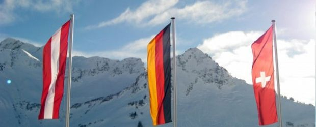 Dach PR Flaggen Fahnen Berge