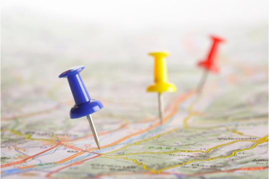 b2b content Strategie entwickeln landkarte pins mapping entscheiderreise