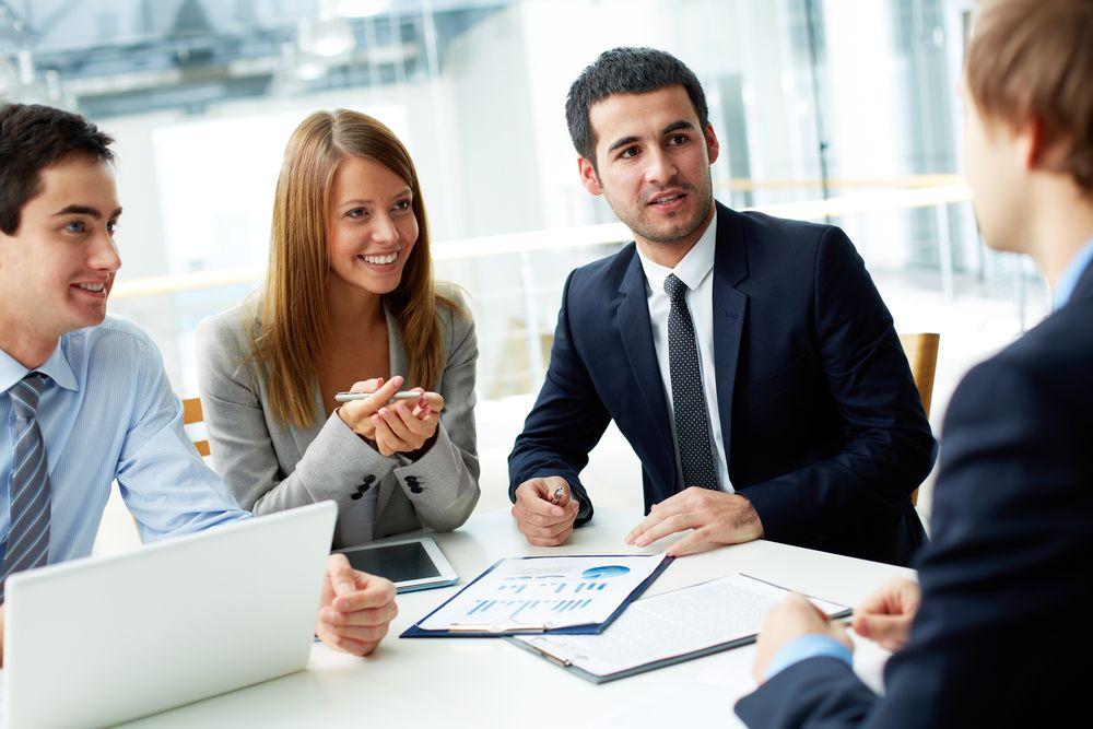 Flutlicht Analyst Relations B2b Unternehmen Analysten Gespräch