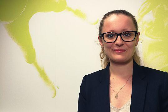 Alice Speck, Trainee als Karriereschritte