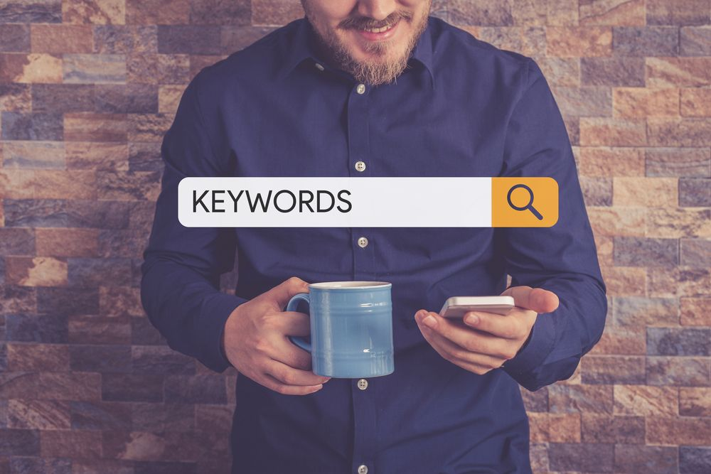 Flutlicht Serp Keyword Recherche Mobile Person