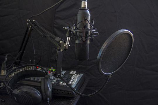 Hörfunk-Kommunikation Tonstudio