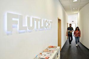 Kommunikationsberatung Flur Büro Agentur Office-Design Flutlicht