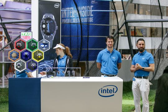 PR Bilder Intel Messestand CeBIT 2016