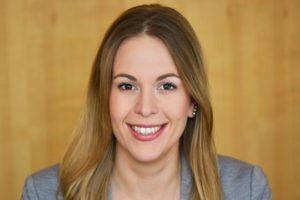 PR Trainee Sonja Flutlicht
