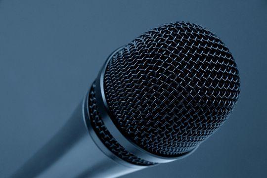 Präsentation auf einer Pressekonferenz Technik Mikrofon