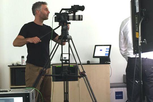 Videoproduktion Dreharbeiten Kameramann