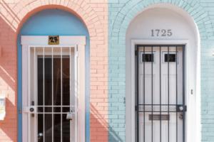 Facebook Werbung Look Alike Haustüren Hausnummern