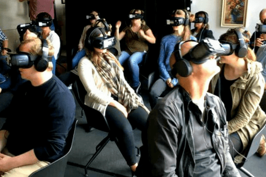 Flutlicht Team Amsterdam Virtual Reality Kino VR Kinobesucher