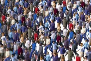 Twitter Reichweite Steigern Menschen Menschenmenge Menschenmasse Zielgruppen