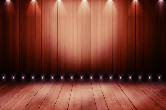 Erfolgreiche Podiumsdiskussion, Bühne