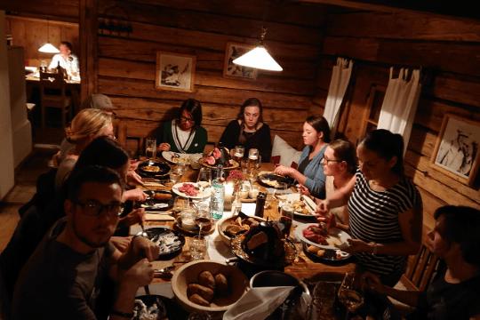Flutlicht Team Event, Huwis Alm, Hutessen
