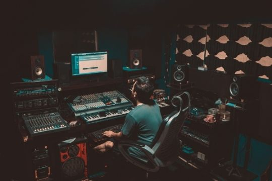 Postproduktion, Studio