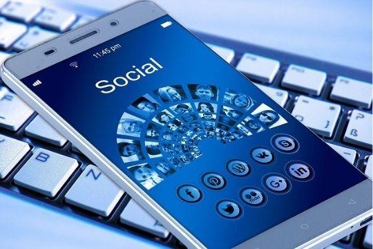 PR-Arbeit, Social Media, klassische PR